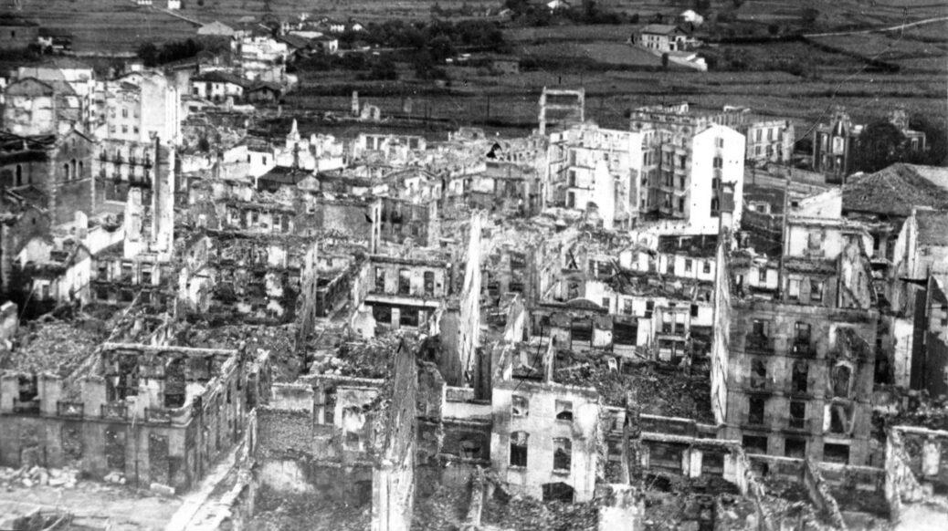 26 de abril de 1937: los fascistas quemaron Gernika