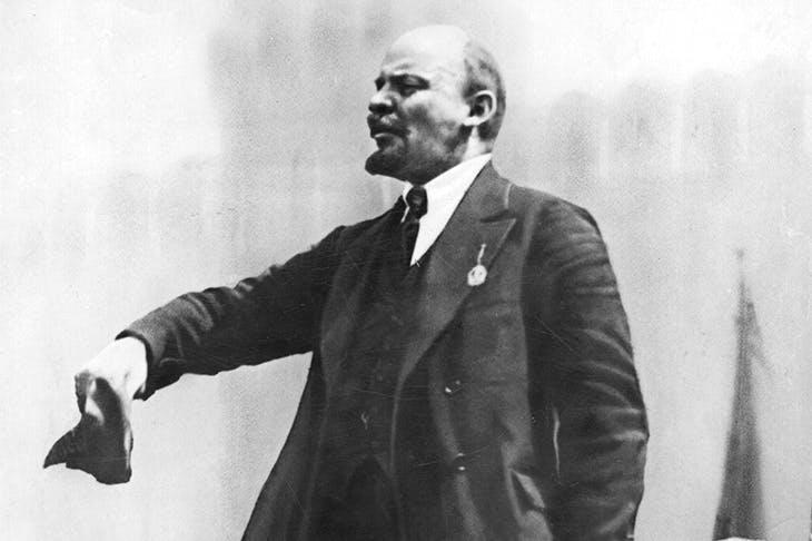 Lenin: ¿Se debe participar en los parlamentos burgueses?