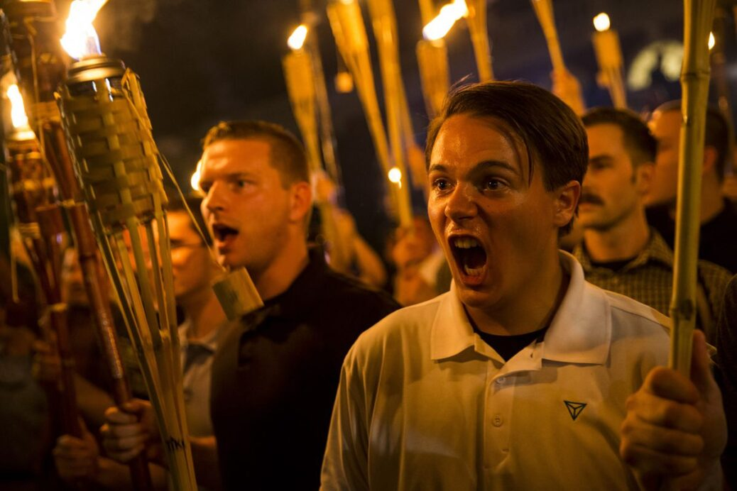 EEUU: La Casa Blanca y los disturbios fascistas en Charlottesville