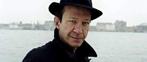 Entrevista a Giorgio Agamben: el capitalismo es una religión y los bancos, sus templos.