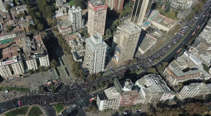 ¿Que no habría más marchas?: enfrentar a Piñera unidos y movilizados