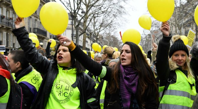 Francia: mujeres con chaleco amarillo, una expresión de la profundidad del movimiento