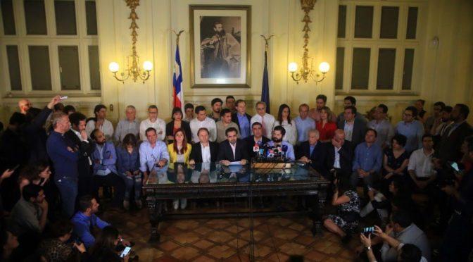 """Razones para rechazar el """"Acuerdo por La Paz y la nueva Constitución"""""""