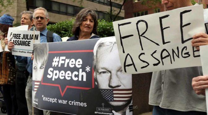 La cacería de brujas internacional contra Julian Assange