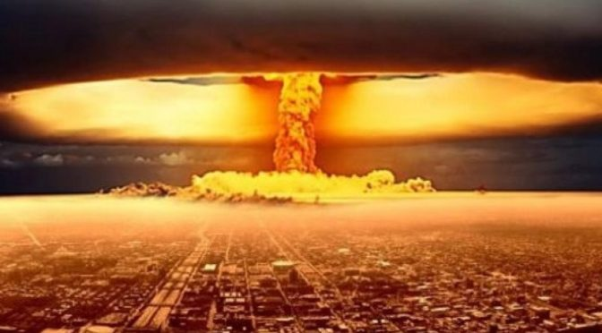 """El Boletín de Científicos Atómicos advierte de """"guerra nuclear que termine con la civilización"""""""