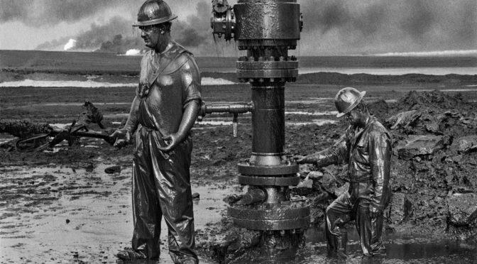 Una explicación sobre el valor negativo del petróleo y la ley del valor trabajo