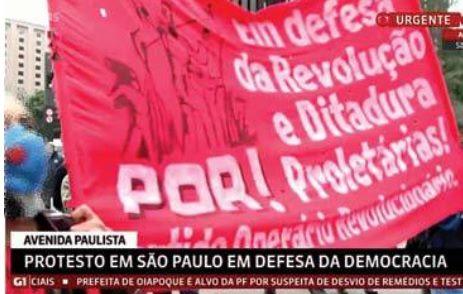 Ataque de Bolsonaristas a bandera de revolución y dictadura proletarias