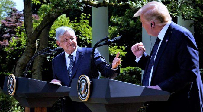 """Presidente de México hace reverencia a su """"amigo"""" Donald Trump"""