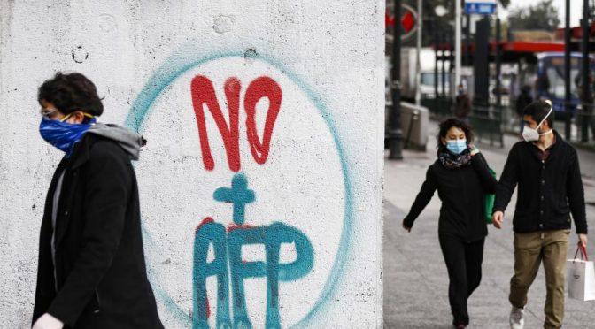 El 10% de las pensiones, o el fin de las AFP: El camino para el segundo estallido en Chile