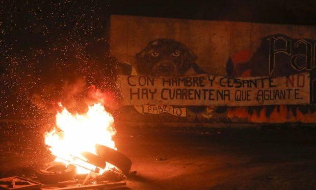 El sistema de AFP, en el fuego de las barricadas
