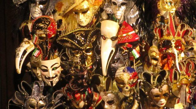 ¿Terminó el festival de máscaras neoliberal?