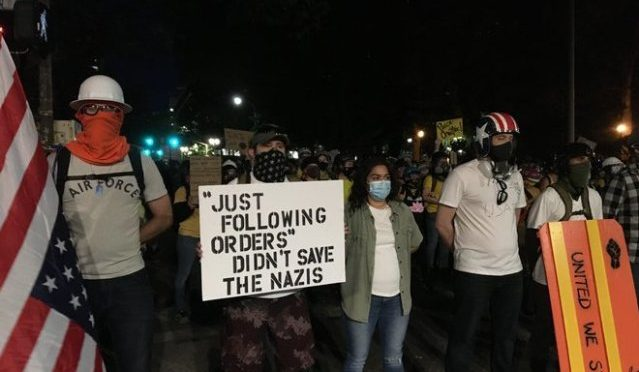 EE.UU.: la gente contra los Federales en las calles de Portland