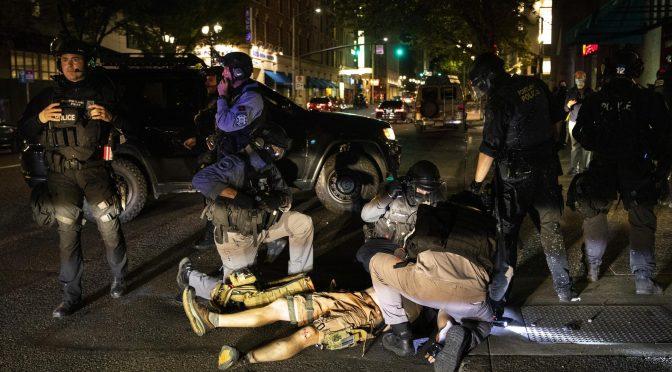 EE.UU.: confirman que antifascista murió en asesinato policial selectivo