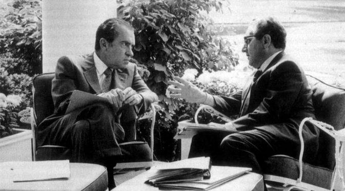 «Derríbenlo»: Nixon en la desestabilización del gobierno de la Unidad Popular