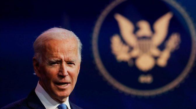 Biden se tambalea hacia la Casa Blanca