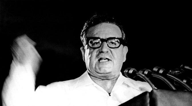 LOM publica los dos primeros volúmenes de la historia de la Unidad Popular de Jorge Magasich