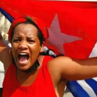 El tuit de Michelle Bachelet con la falsa imagen de una cubana en las redes sociales como campo de batalla